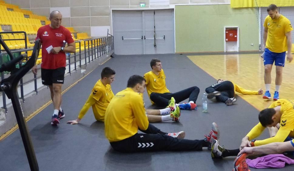 Film do artykułu: Drużyna PGE VIVE trenuje w Kielcach i czeka na kolejnych zawodników [ZDJĘCIA]