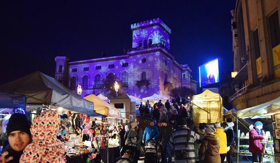 Film do artykułu: Bielsko - Biała: Święta na Starówce 2017: tu jest magia świąt! [ZDJĘCIA]