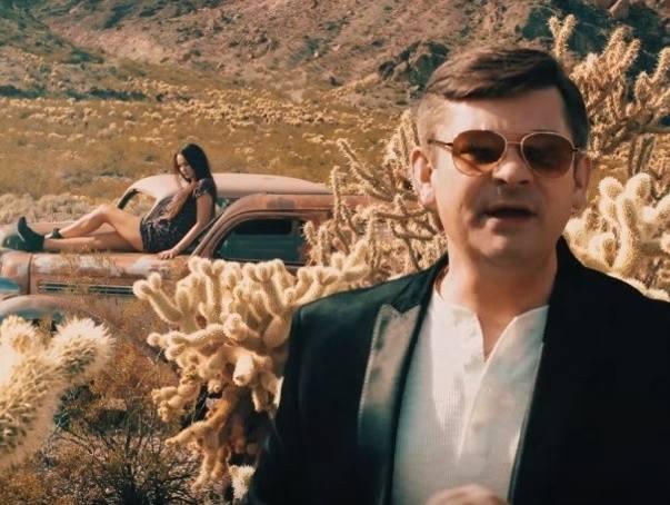 Zenek Martyniuk w nowym teledysku zespołu Akcent. Piosenka Prawdziwa Miłość to Ty.