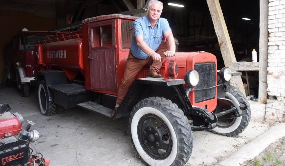 Film do artykułu: Unikalne wozy strażackie odkryte w Międzyrzeczu. Jeden z nich jeździł w filmie Spielberga! Są warte fortunę. Zobaczcie zdjecia!