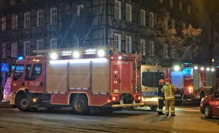 Do wycieku gazu w kamienicy przy ul. Poplińskich doszło w poniedziałek, 9 grudnia wieczorem. Konieczna była ewakuacja mieszkańców, którzy czekali na