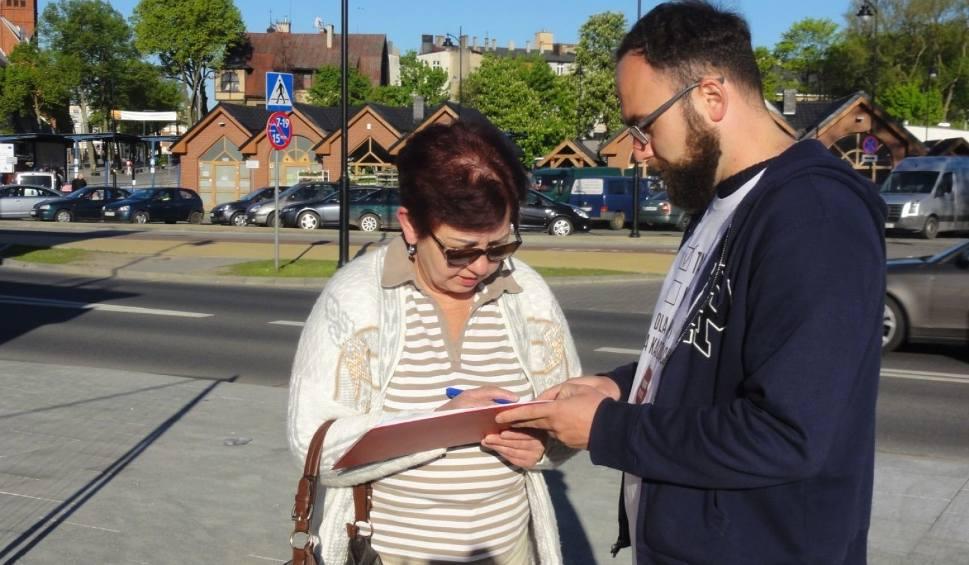 Film do artykułu: Petycja ws. utrzymania ruchu pociągów w kierunku Kaszub na czas przebudowy linii 201 Gdynia - Kościerzyna [ZDJĘCIA]