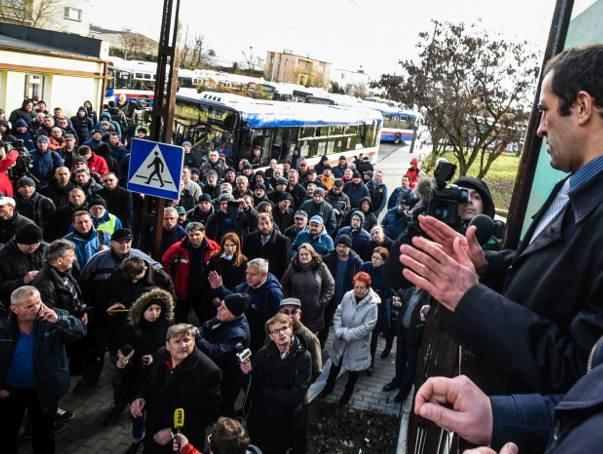 Strajk MZK w Bydgoszczy. Autobusy z powrotem na ulicach