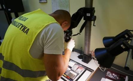 Policja w Skoczowie zarekwirowała 300 gram dopalaczy