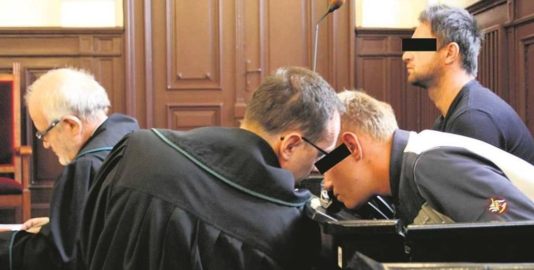 Oskarżeni wymyślili sobie, że powołają się na znajomość i będą działać w imieniu  Andrzeja Z. ps. Słowik, jednego z  liderów mafii pruszkowskiej