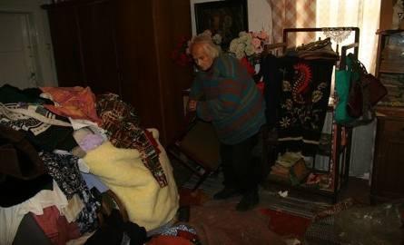 Oddała miliony Kościołowi. Teraz żyje w skrajnej nędzy... (wstrząsające zdjęcia)