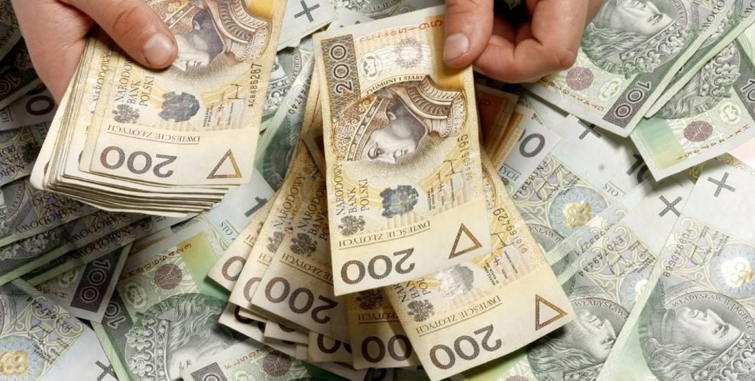 Prezydenci chcą sami podwyższać sobie pensje. Bez ograniczeń [infografika]