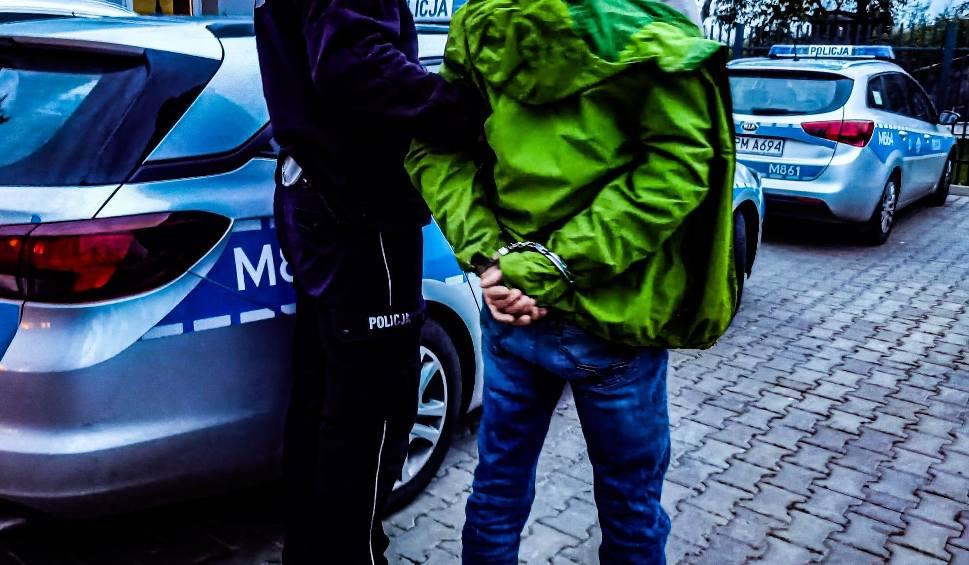 Film do artykułu: Kolejne transporty cudzoziemców zatrzymane przez policję. Przewoźnicy są coraz bardziej niebezpieczni (zdjęcia, wideo)