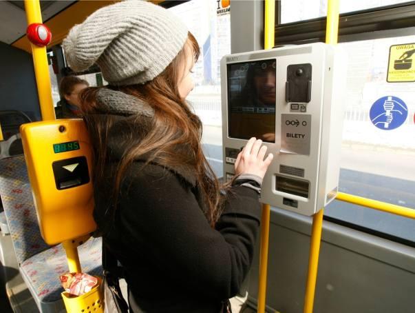 Błąd systemu w biletomatach. Możesz mieć inny bilet niż kupiłeś!