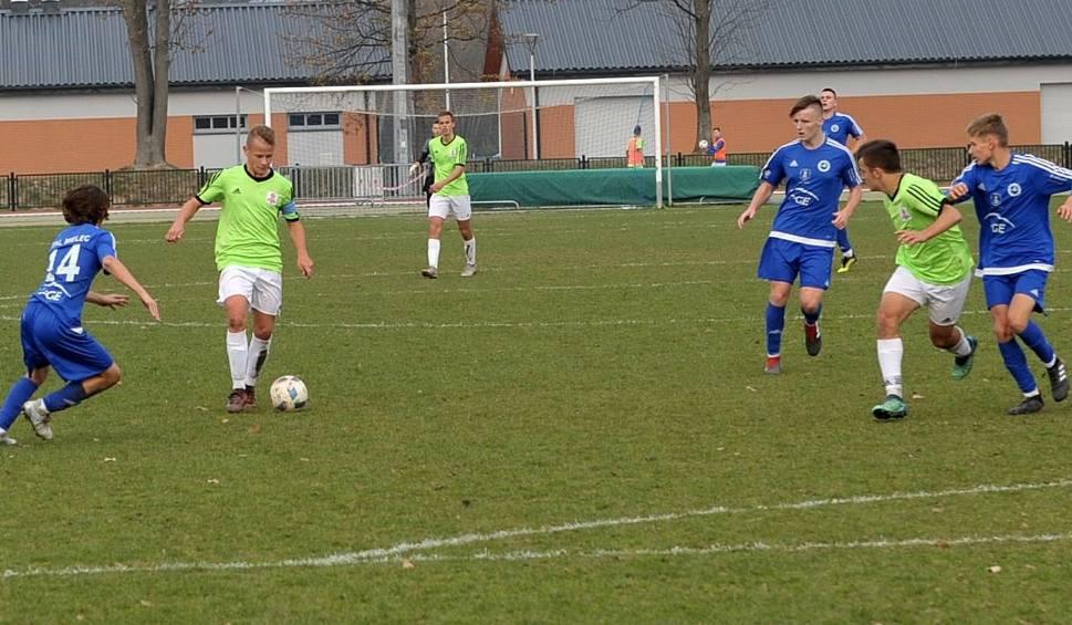 Film do artykułu: Centralna Liga Juniorów: Dominik Kulon z Grabówki spełnia piłkarskie marzenia