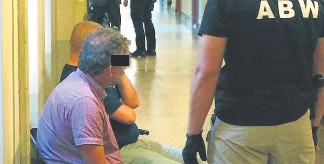 Śledztwo w aferze trwa od trzech lat. Na zdjęciu Tomasz P. podczas posiedzenia aresztowego w czerwcu 2014