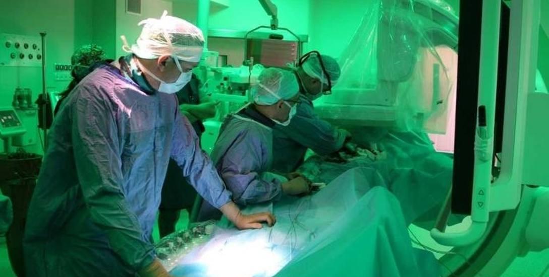 Wczoraj zoperowano pierwszego z pacjentów u którego wykryto tętniaka aorty