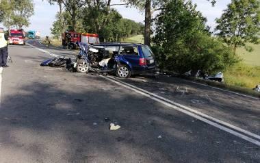 W niedzielnym wypadku pod Nysą zginęły dwie osoby, a dwie kolejne zostały ranne.