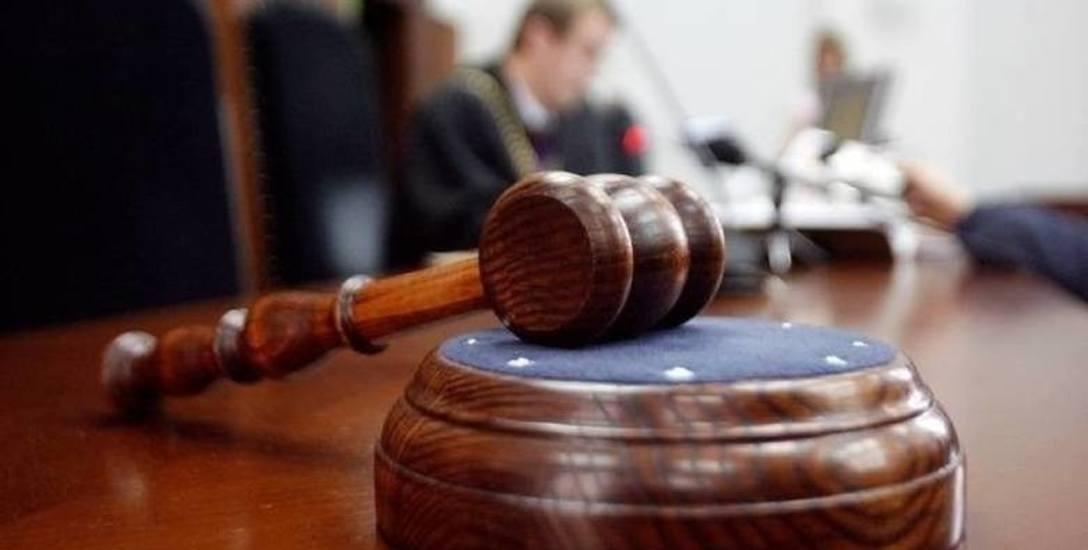 Obostrzenia wpłynęły negatywnie na transparentność sądów
