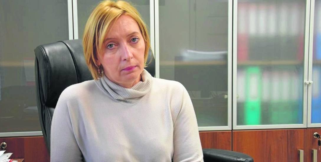 Anna Złotowska ma duże doświadczenie w zarządzaniu jednostkami służby zdrowia - jest dyplomowaną pielęgniarką, kierowała też m.in. centrum dializ i