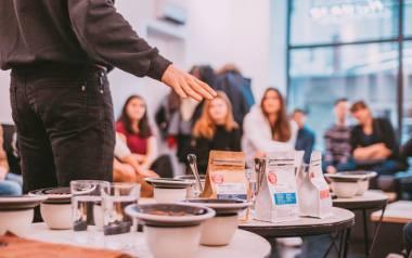 Nowa kawiarnia podbija Śródmieście. To miejsce dla kawowych amatorów i profesjonalistów [ZDJĘCIA]