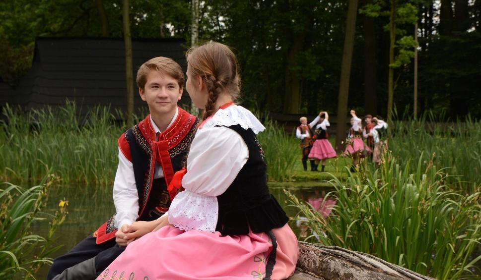 Film do artykułu: Międzynarodowy Festiwal Folkloru w Rybniku na 45-lecie Przygody PROGRAM