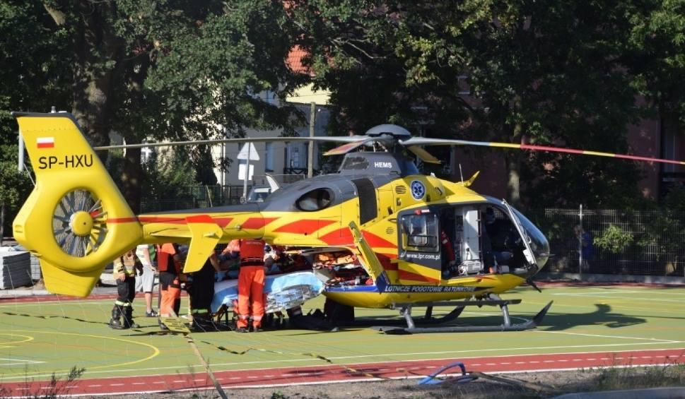 Film do artykułu: Wypadek w Lęborku 12.08.2020 r. 14-letni rowerzysta potrącony przez samochód. Chłopaka zabrał śmigłowiec [zdjęcia]