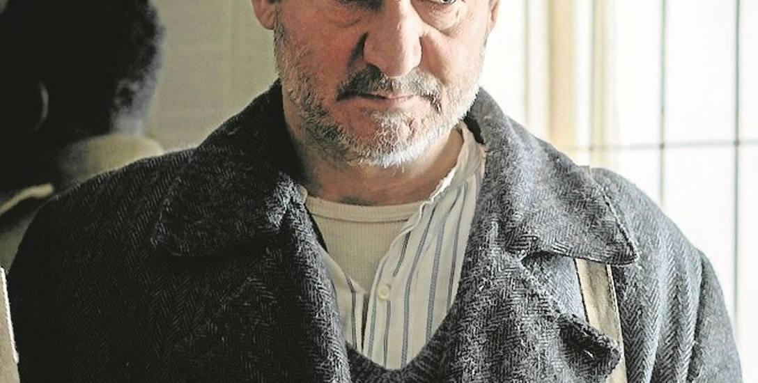 Rolę Michała Łobody, ostatniego świadka zbrodni katyńskiej, odtwarza w filmie Piotra Szkopiaka Robert Więckiewicz