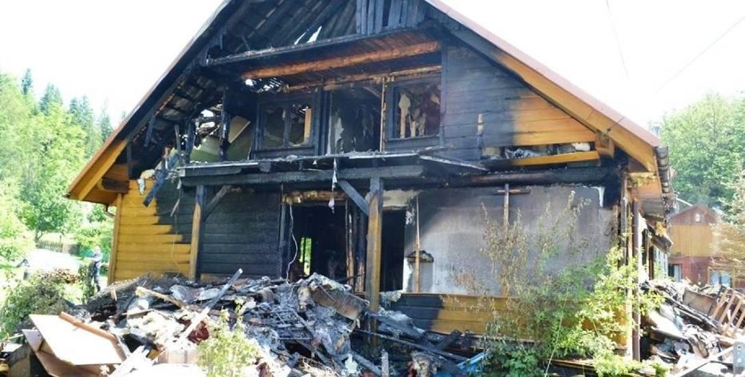 W pożarze domu w Rajczy Nickulinie, do którego doszło w lipcu 2016 r., zginęło dwoje dzieci w wieku 11 mieścięcy i dwóch lat