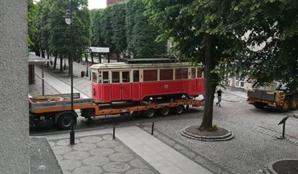 Film do artykułu: Zabytkowy słupski tramwaj trafił do renowacji [zdjęcia]