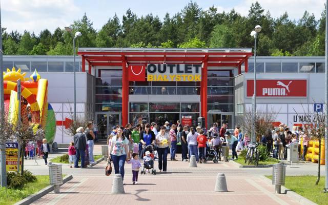 16b93ade523715 Outlet Białystok się powiększa. Natalia Siwiec będzie na otwarciu