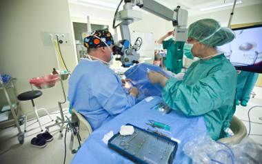 Na Dolnym Śląsku na operację usunięcia zaćmy czeka 67 tys. chorych. Ponad 4,5 tys. to pacjenci pilni