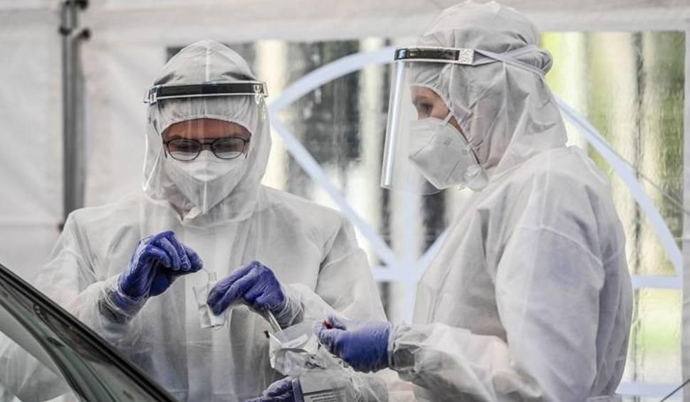 Film do artykułu: Koronawirus na Śląsku - raport o zakażeniach. Kolejni zainfekowani koronawirusem w woj. śląskim. Aż 162 nowe przypadki!