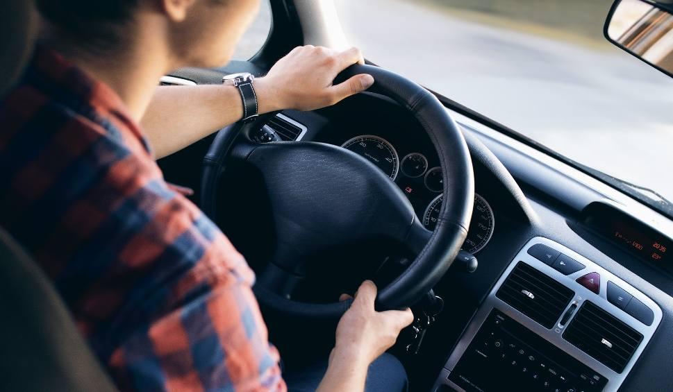 Film do artykułu: Jestem ASem Jazdy! Zdajemy egzamin na prawo jazdy. Odcinek I (wideo)