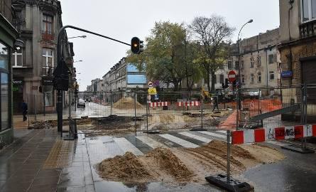 Rewitalizacja Łodzi: Remonty ulic w centrum miasta opóźnione, nie zakończą się w tym roku