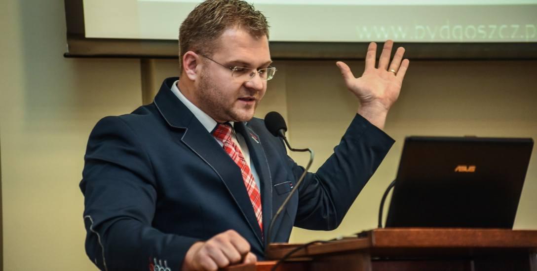 Rafał Piasecki wie już, jak chce odkupić swoje przewinienia