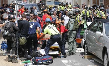 Akcja ratunkowa po ataku w Charlottsville