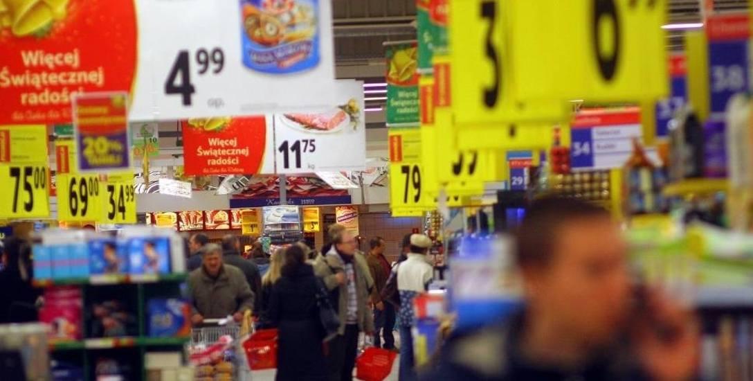 Przed nami święta, czyli szał zakupów. Wszystko wskazuje na to, że zapłacimy za nie drożej niż przed rokiem