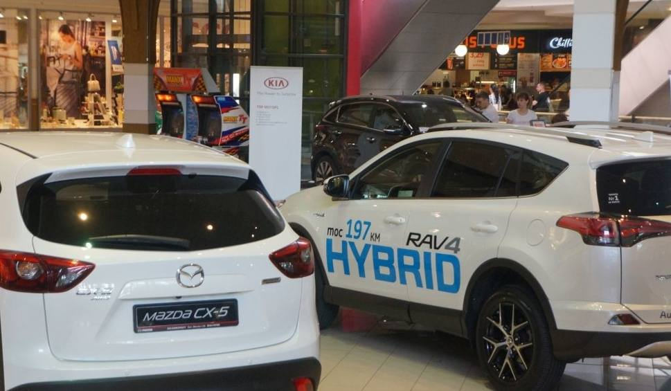 Film do artykułu: Galeria Alfa. Motosalon prezentuje SUV-y (zdjęcia, wideo)