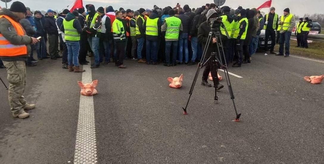Przedstawiciele ruchu Agro Unia, którzy są odpowiedzialni za grudniowy protest rolników na autostradzie A2, teraz organizują spotkania w całej Polsce,