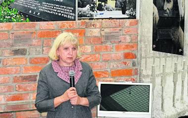 Jesteśmy niestety skazani na to,  żeby ciągle dowiadywać się o nowych ofiarach sowieckiej agresji - mówi dr Ewa Kowalska.