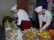 Podczas targów wystawiają się m.in. placówki gastronomiczne