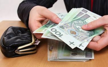 Program Koalicji Obywatelskiej. Grzegorz Schetyna zapowiedział państwowe premie dla najmniej zarabiających. Czy państwo na to stać?