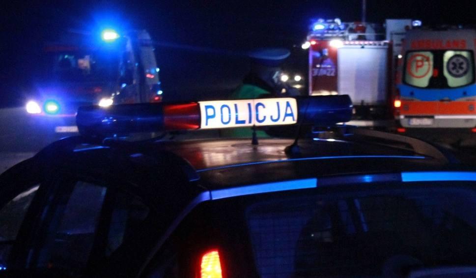 Film do artykułu: Gorzyce. Zderzenie dwóch samochodów, trzy osoby przewiezione do szpitali