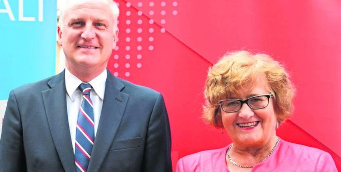 Jerzy Szafranowicz, dyrektor Śląskiego Oddziału Wojewódzkiego NFZ, i Anna Knysok, dyrektor Zespołu Szpitali Miejskich w Chorzowie