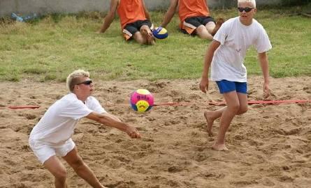 Turniej siatkówki plażowej w Kadzidle. Zobacz wyniki i zdjęcia