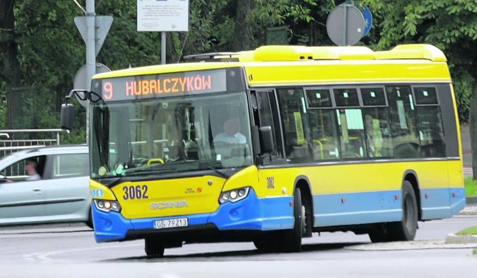 Film do artykułu: Mieszkańcy osiedla Batorego wywalczyli zmianę kursu linii autobusowej nr 9