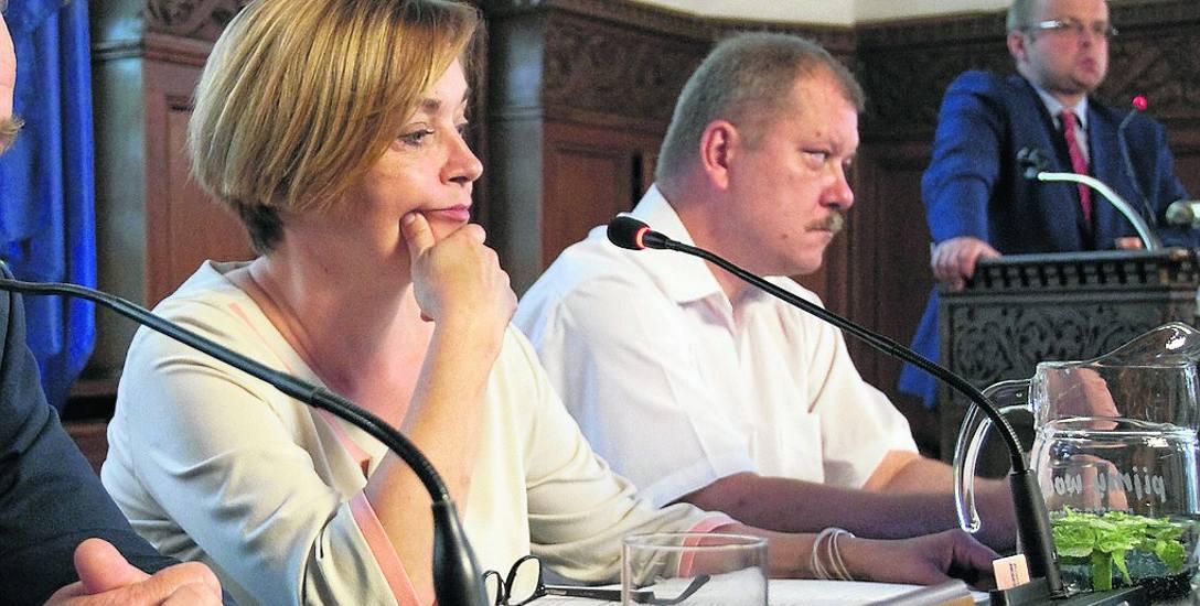 Obniżenie dodatków dla nauczycieli przyniosło 2 mln zł oszczędności. Według Beaty Chrzanowskiej (na zdjęciu), obecna sytuacja miasta pozwala na motywację