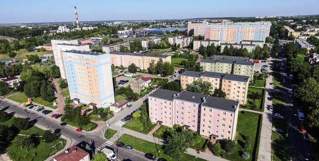 Czas przyzwyczajać się do myśli, że Lublin  staje się średniej wielkości miastem. Z roku na  rok stolica województwa  wyludnia się . Tak samo jak re