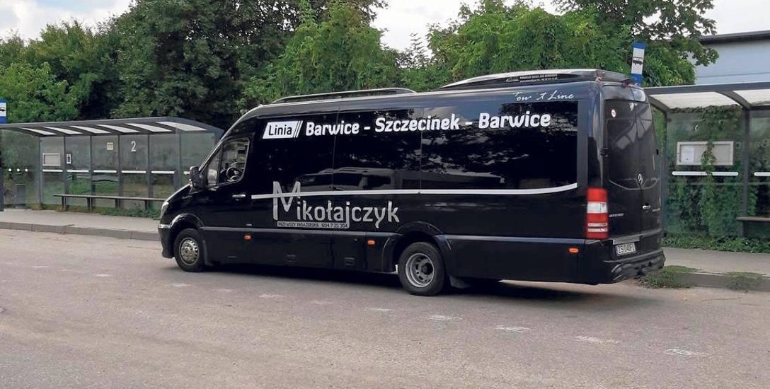 Z kolei po upadku PKS Szczecinek obsługę połączenia autobusowego między Barwicami a Szczecinkiem przejęła prywatna firma Mikołajczyk