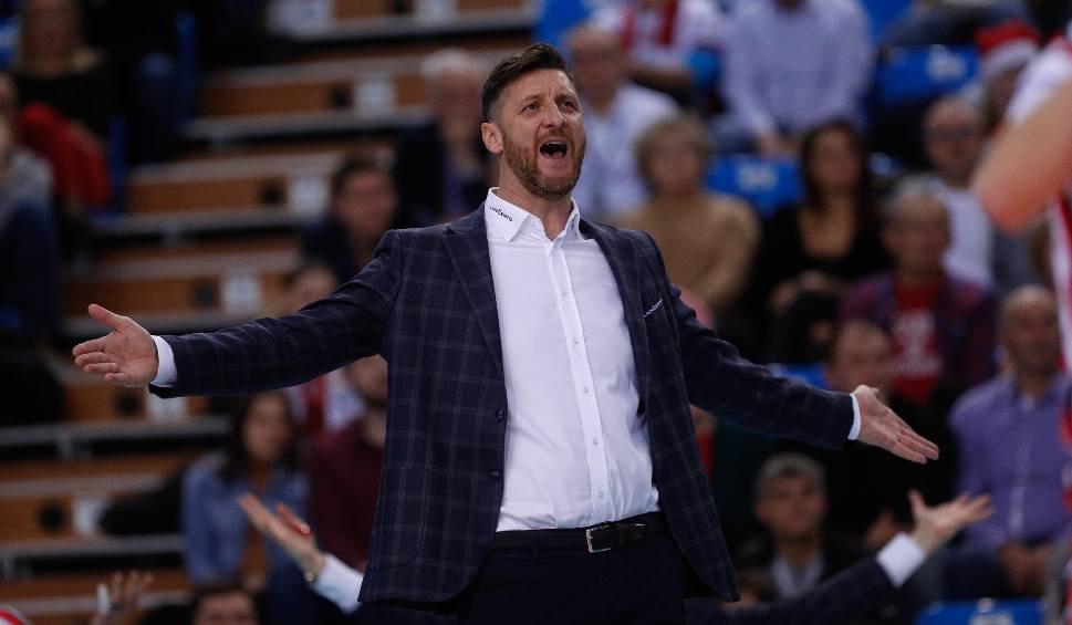 Film do artykułu: Piotr Gruszka, trener siatkarzy Asseco Resovii: Ciężko po meczu z Jastrzębiem znaleźć coś pozytywnego, bo za bardzo zostaliśmy zbici