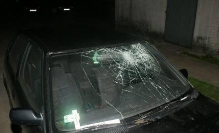Pijany skakał po samochodach (zdjęcia)
