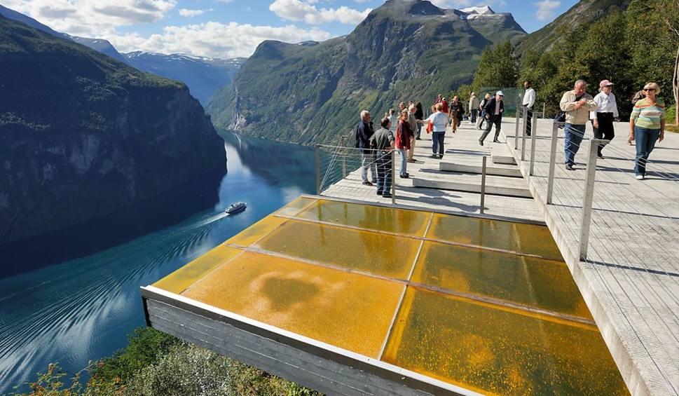Film do artykułu: Norwegia. Droga trolli, platformy widokowe, architektura. Anna Dudzińska, Dobrze zaprojektowane