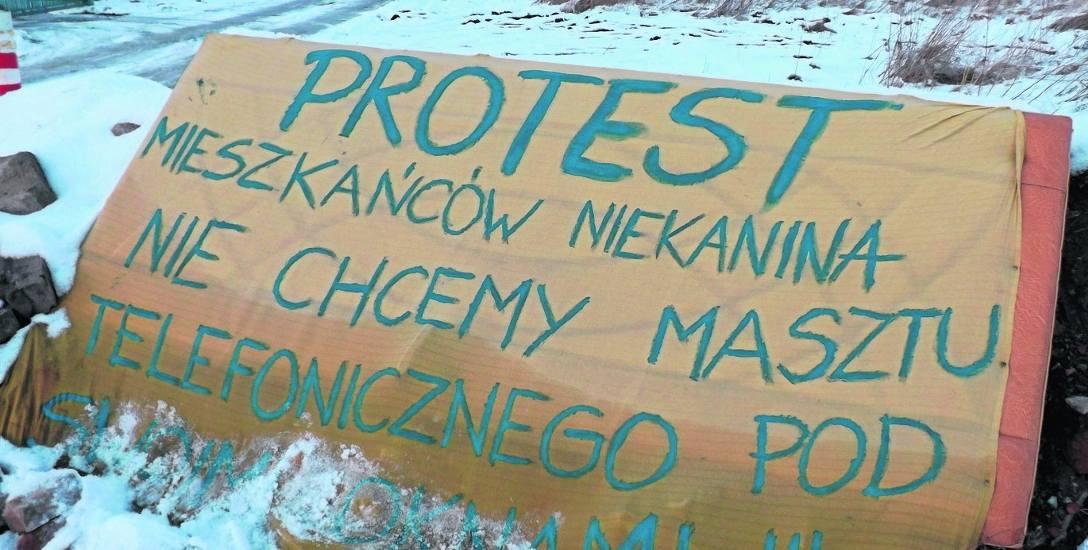 Mieszkańcy Niekanina: czujemy się oszukani, bo tego masztu miało nie być