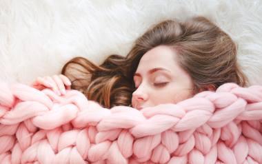 Chcesz wiedzieć, co znaczył twój ostatni sen? Poznaj znaczenie najczęstszych motywów marzeń sennych!
